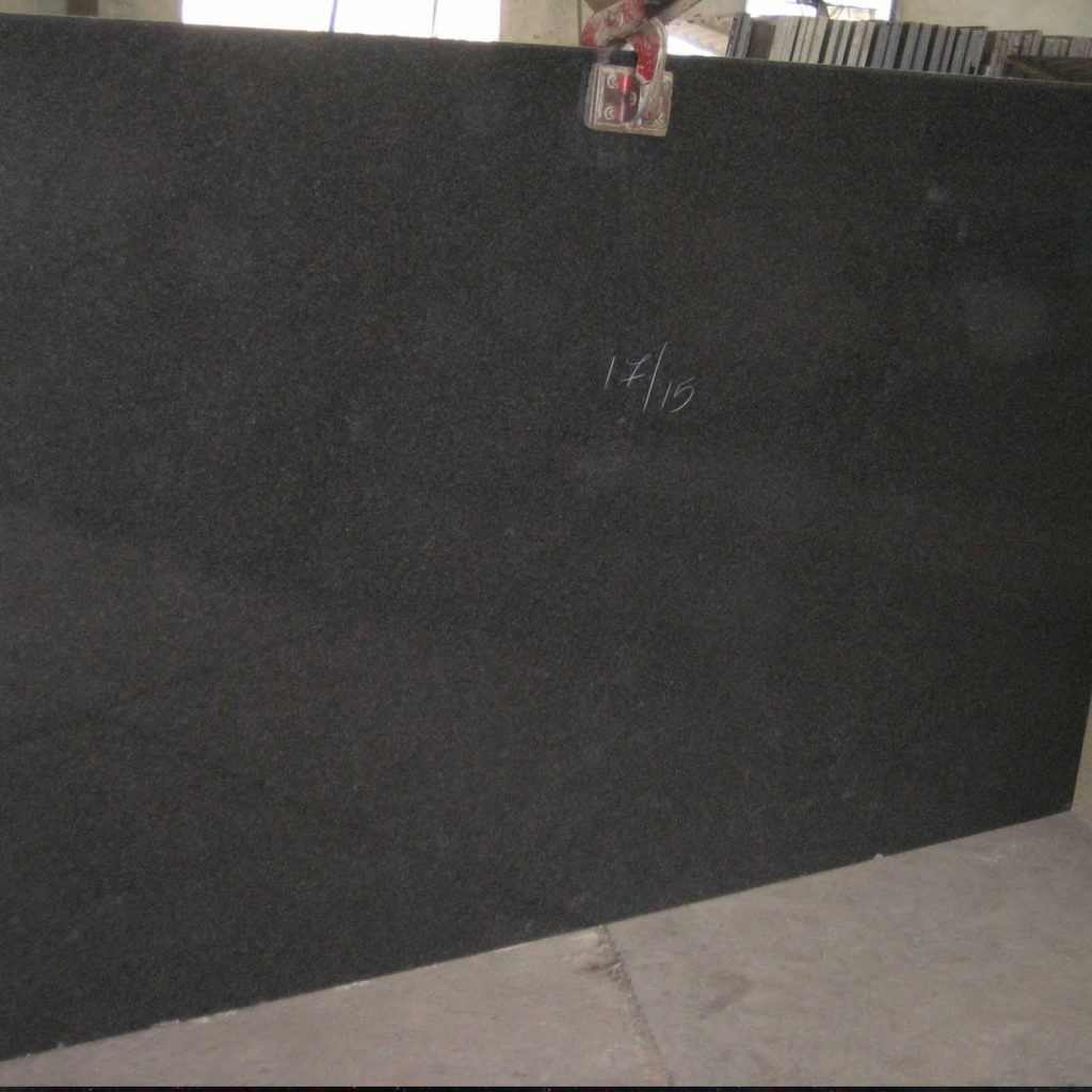 Black pearl granite gangsaw slab