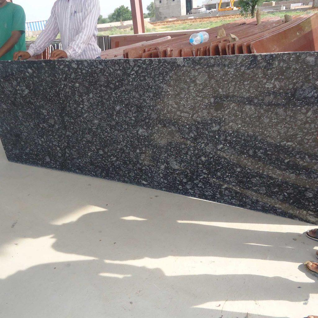 RUE black granite cutter slabs