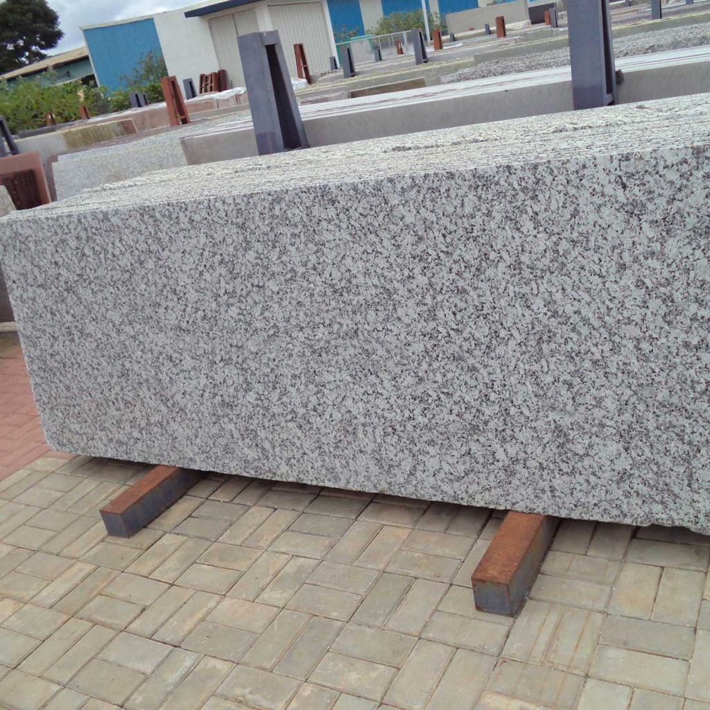 p white granite slabs exporter