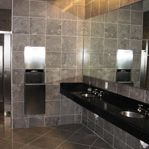 The Naturality of Granite Bathroom