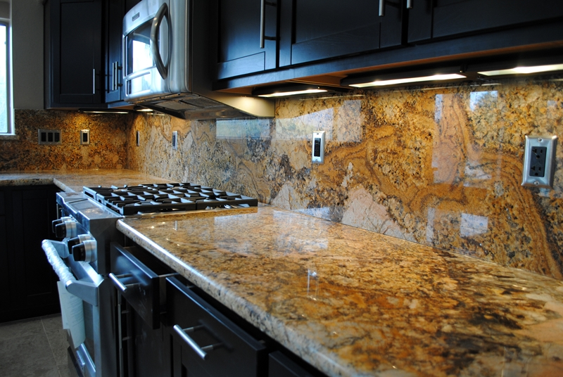 granite-full-backsplash