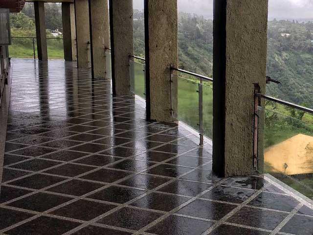 Tan Brown Granite flooring
