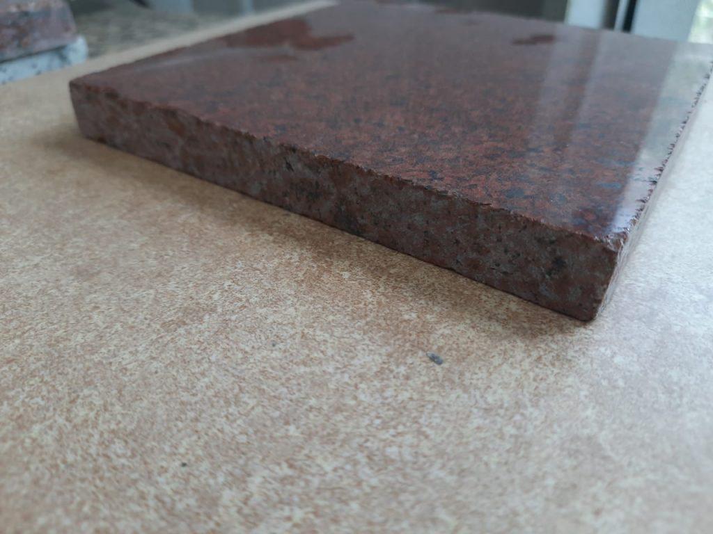 2 cm thickness
